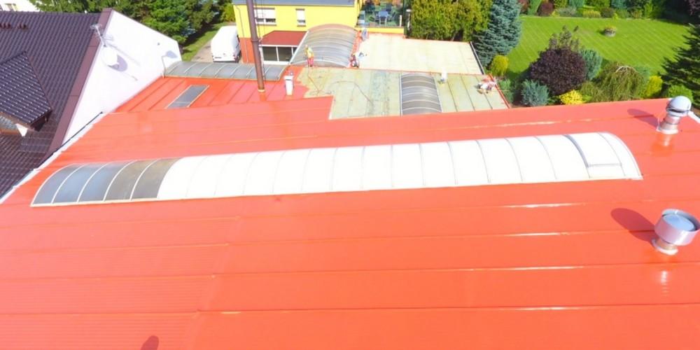 Remont dachu – uszczelnianie przeciekającego dachu
